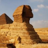 Sur la route des Pyramides
